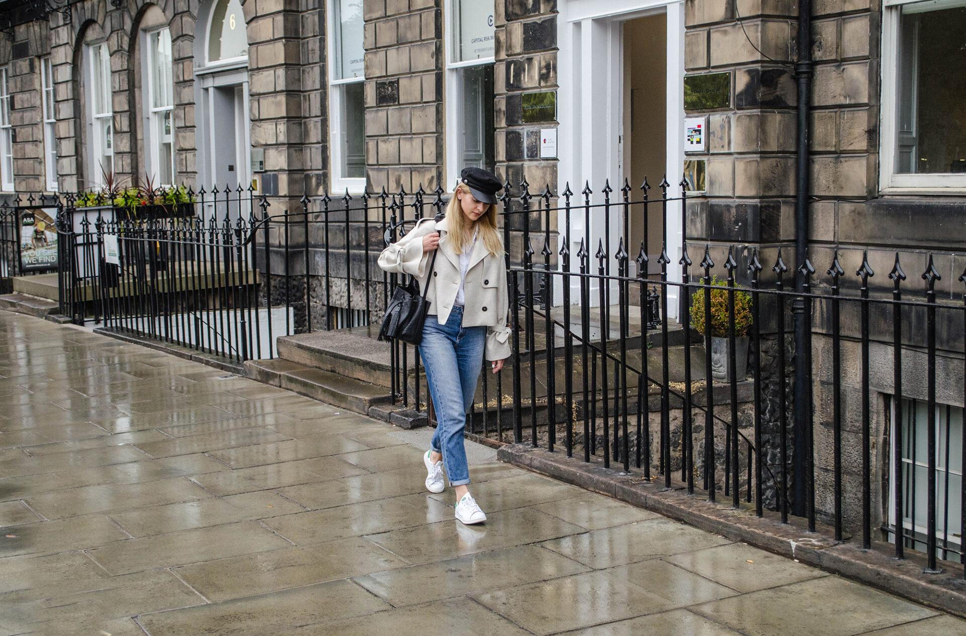 Girl in linen Mango jacket -baker boy hat-and-Chylak bag
