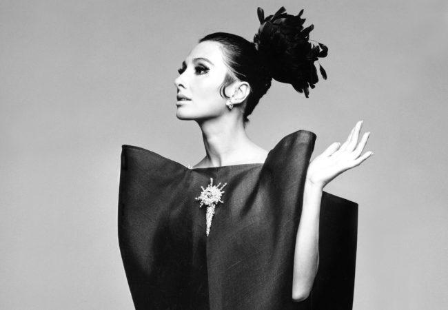 Balenciaga. Kształtując modę
