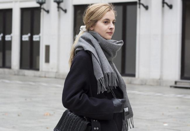Perfekcyjny płaszcz z sieciówki